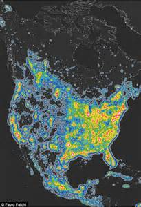 interactive map reveals light pollution around the globe