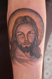 tattoo messi braccio il tatuaggio su ges 249 che merita l arresto in arabia