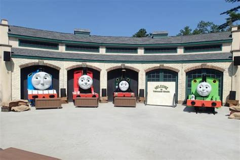 tidmouth sheds picture of edaville family theme park