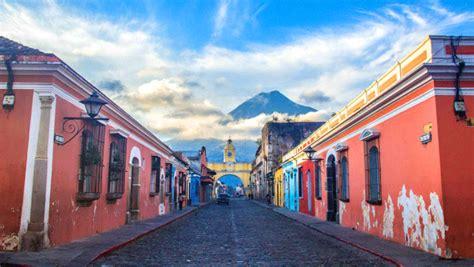 la parisina gua de las 25 coloridas razones que necesitas para visitar antigua guatemala