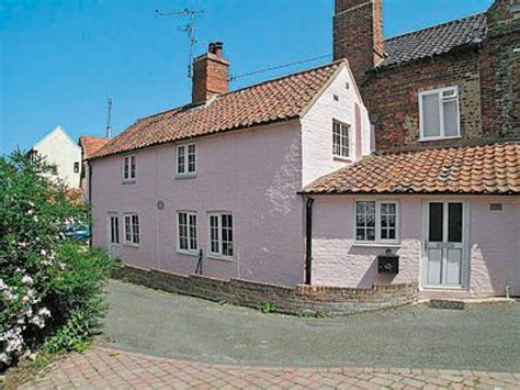 anchor cottage in next the sea selfcatering travel