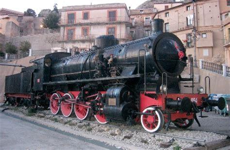 locomotiva testo locomotiva a vapore in calabria ti guido io