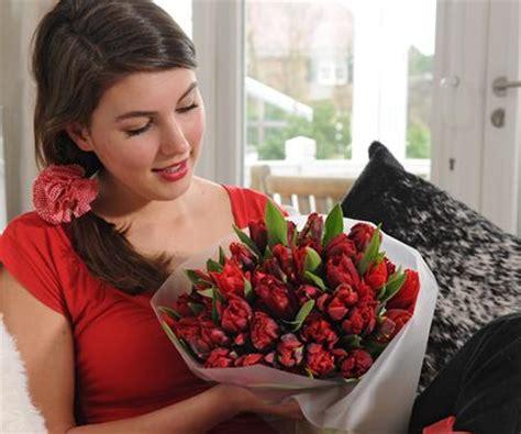 che fiori regalare ad una ragazza buone maniere in pillole ancep