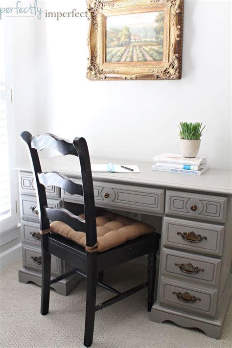 chalk paint desk ideas best 25 chalk paint desk ideas on chalk paint