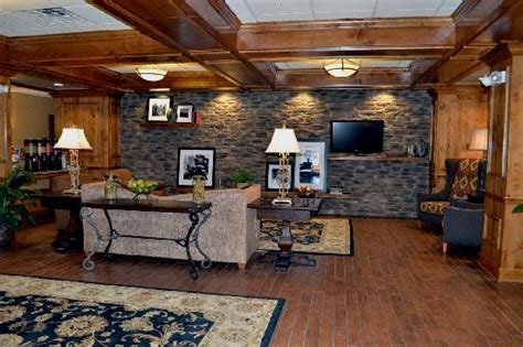 paint with a twist new hartford ny hton inn is the best review of hton inn suites