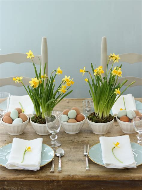 spring table decorations jenny steffens hobick spring easter centerpieces