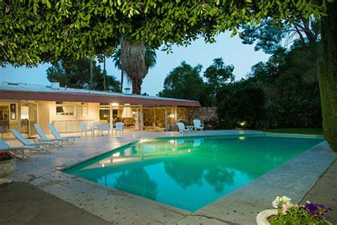 elvis honeymoon house elvis presley s palm springs honeymoon on sale for 9 5m