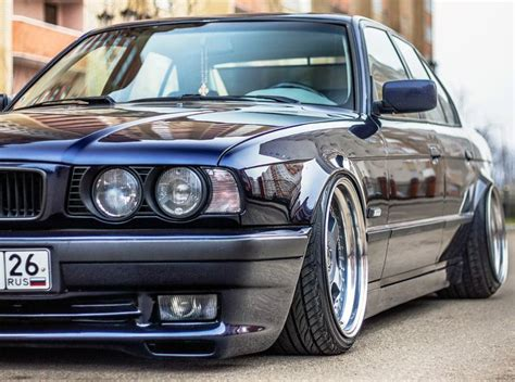 Bb M5 Top Black Maroon Baloteli 17 best images about classic bmws on bmw m5 bmw 3 series and bmw m3