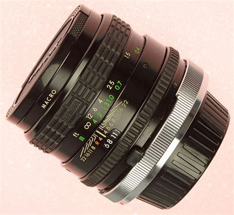 Sigmat Mini the sigma mini wide 28 mm f 2 8 lens specs mtf charts user reviews