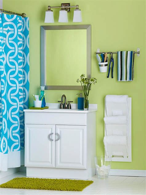Small Magazine Rack For Bathroom by Creative Ways To Store Your Bathroom Towels Gt Stylish