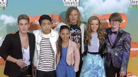 cast of rock school of rock cast choice awards orange carpet arrivals