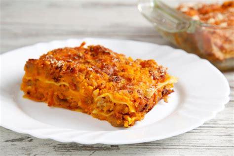 ricette con la zucca mantovana ricetta lasagne alla zucca con salsiccia cucchiaio d argento