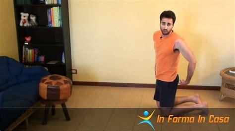 allenamento pettorali a casa allenamento a circuito per pettorali a casa