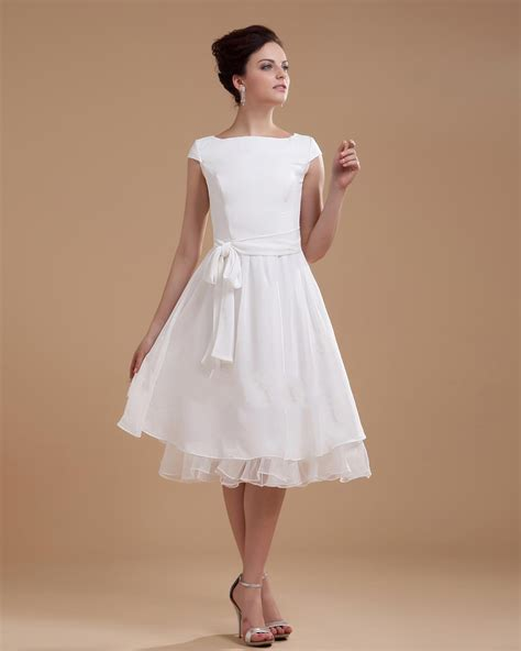 Kurze Brautkleider by Wedding Dresses With Sleeves Sang Maestro