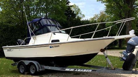 boston whaler walkaround boats for sale boston whaler 21 walkaround boats for sale