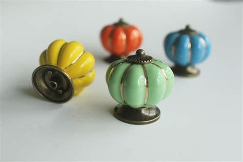 Cheap Decorative Knobs by Wholesale Fast Delivery Decorative Yellow Ceramic
