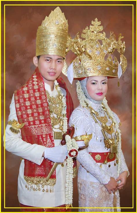 Baju Nikah Adat Aceh pin busana adat pengantin aceh budaya kamistad pictures portal on