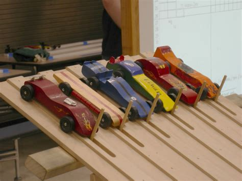 derby track has anyone here built a bsa pinewood derby track pirate4x4 4x4 and road forum
