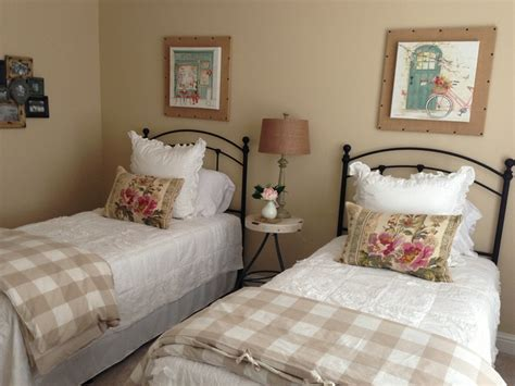 Guest Bedroom Decorating Ideas Beds by Bed Guest Room Ideas Facemasre