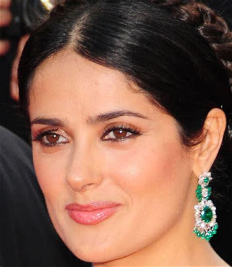 salma hayek bathroom salma hayek lashes out beauty addict