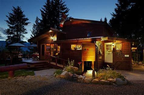 cedar house cafe cedar house restaurant chalets golden restaurant