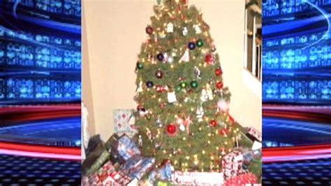 praying mantis christmas tree praying mantis tree in maryland news fox news