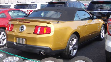 Generation 6 Mustang by File Ford Mustang Convertible 6th Generation Rear Jpg