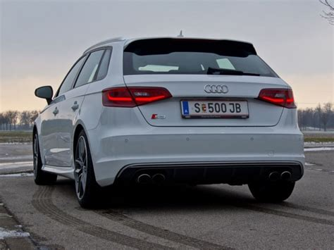 Test Audi S3 by Audi S3 Sportback Quattro Testbericht Auto Motor At