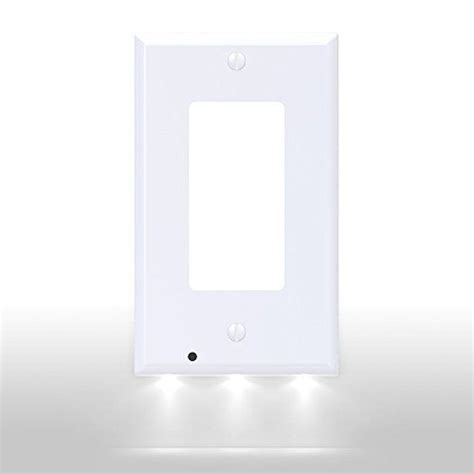 outlet coverplate with led lights snappower srwh 102 guidelight outlet coverplate with led