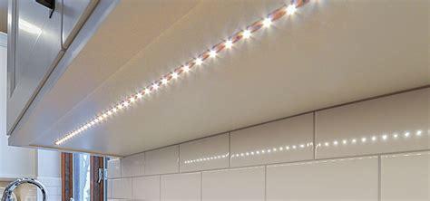 under cabinate lighting