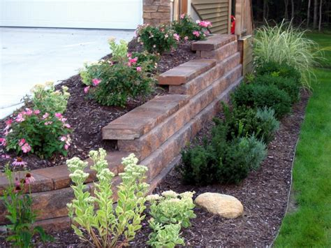 landscaping tips easy landscaping ideas for your back and front yard