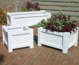 small square planter from walpole woodworkers