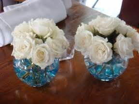 inexpensive centerpieces for weddings 1000 images about blue on