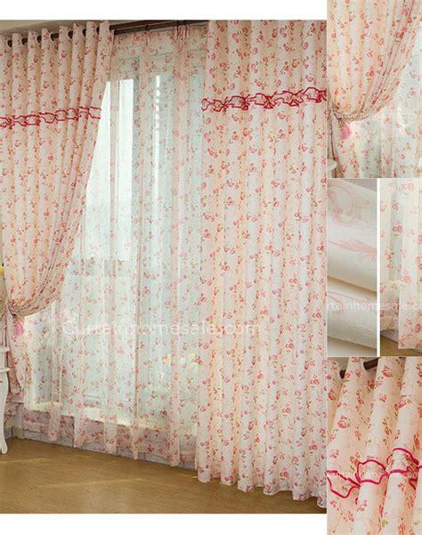 tende alla moda fiori rosa ragazze alla moda contemporanea tende soggiorno