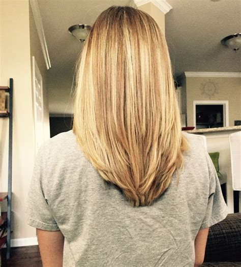 back views of long layer styles for medium length hair 25 best ideas about medium layered hair on pinterest