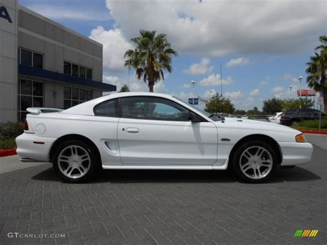1997 ford mustang coupe white 1997 ford mustang gt coupe exterior photo
