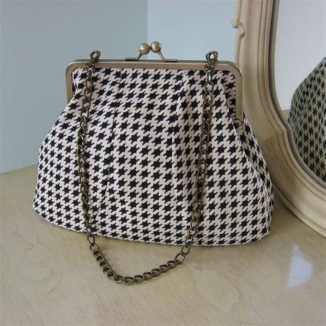 pattern for frame purse houndstooth frame bag from my vintage style frame bag