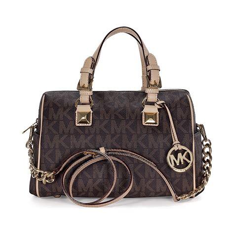Did You Fact On Grysons Handbag by Michael Kors Grayson Medium Satchel Handbag In Brown Pvc