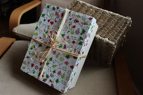 Decoupage Shoebox - simple gifts contain it simply being