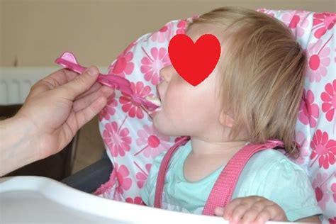 Tommee Tippee Baby Spoon Sendok Makan Bayi Tommee Tippee sendok bayi pesawat tommee tippee aeroplane spoons