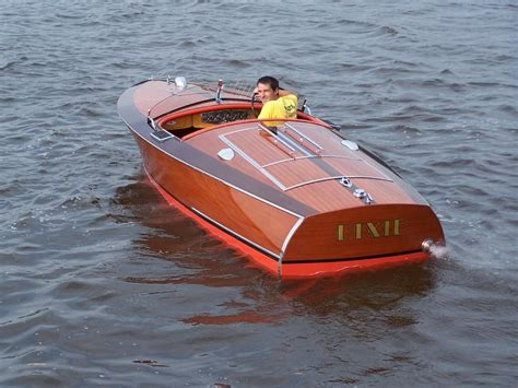 wooden powerboat plans old wood boats classic wooden boat plans 187 chris craft