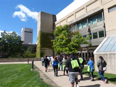 Cleveland State Mba Courses by High School Students Visit College Of Business To