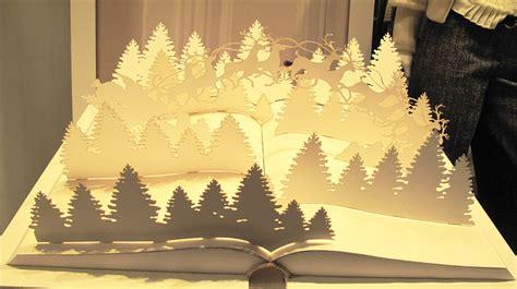 Decor Wonderland Trussardi Quot Pop Up Book Quot Christmas Window Display 2013
