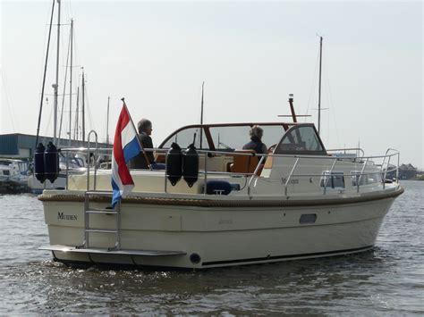 motorjacht 10 meter antaris ninefifty groots motorjacht van 10 meter lengte