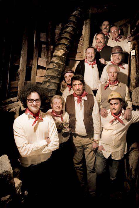 coro dei minatori di santa fiora al valle occupato orti insorti il coro dei minatori di