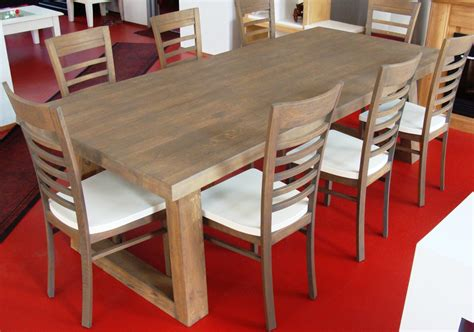 chaise et table salle a manger meuble oreiller matelas