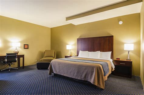 comfort suites airport tukwila comfort inn suites sea tac airport in seattle hotel