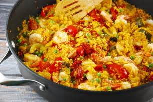 Vegetarian Thanksgiving Main Dish - shrimp and quinoa paella recipe 7 points laaloosh