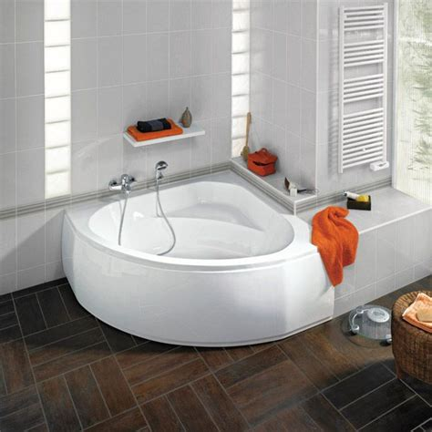mini baignoire baignoire d angle acryl cyclade interieur salle de