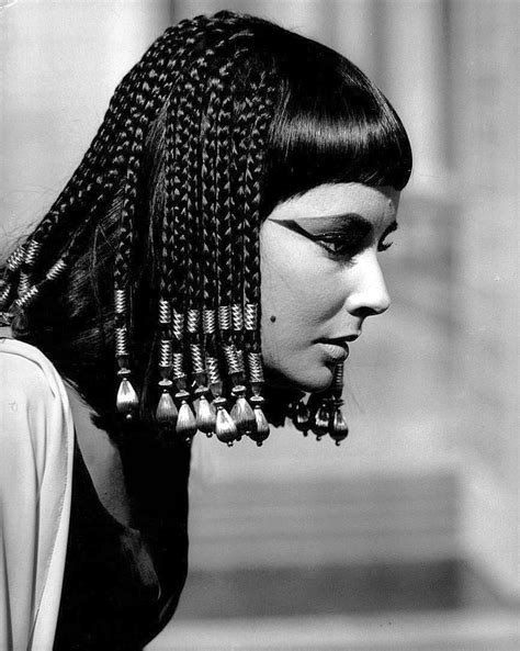 information on egyptain hairstlyes for and interesting facts about hair extensions and their history
